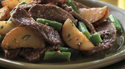 Side Delights™ Gourmet Petite Potatoes Beefy Potato Salad with Green Beans